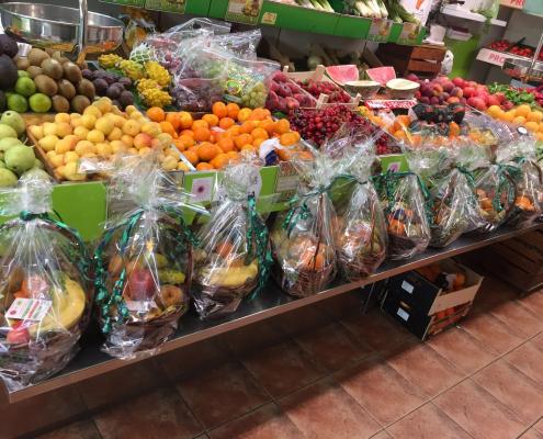 Entrega de cesta de fruta en Zaragoza
