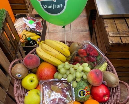 Reparto de cestas de frutas para cumpleaños Zaragoza