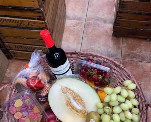 Reparto de cesta de fruta a domicilio en Zaragoza